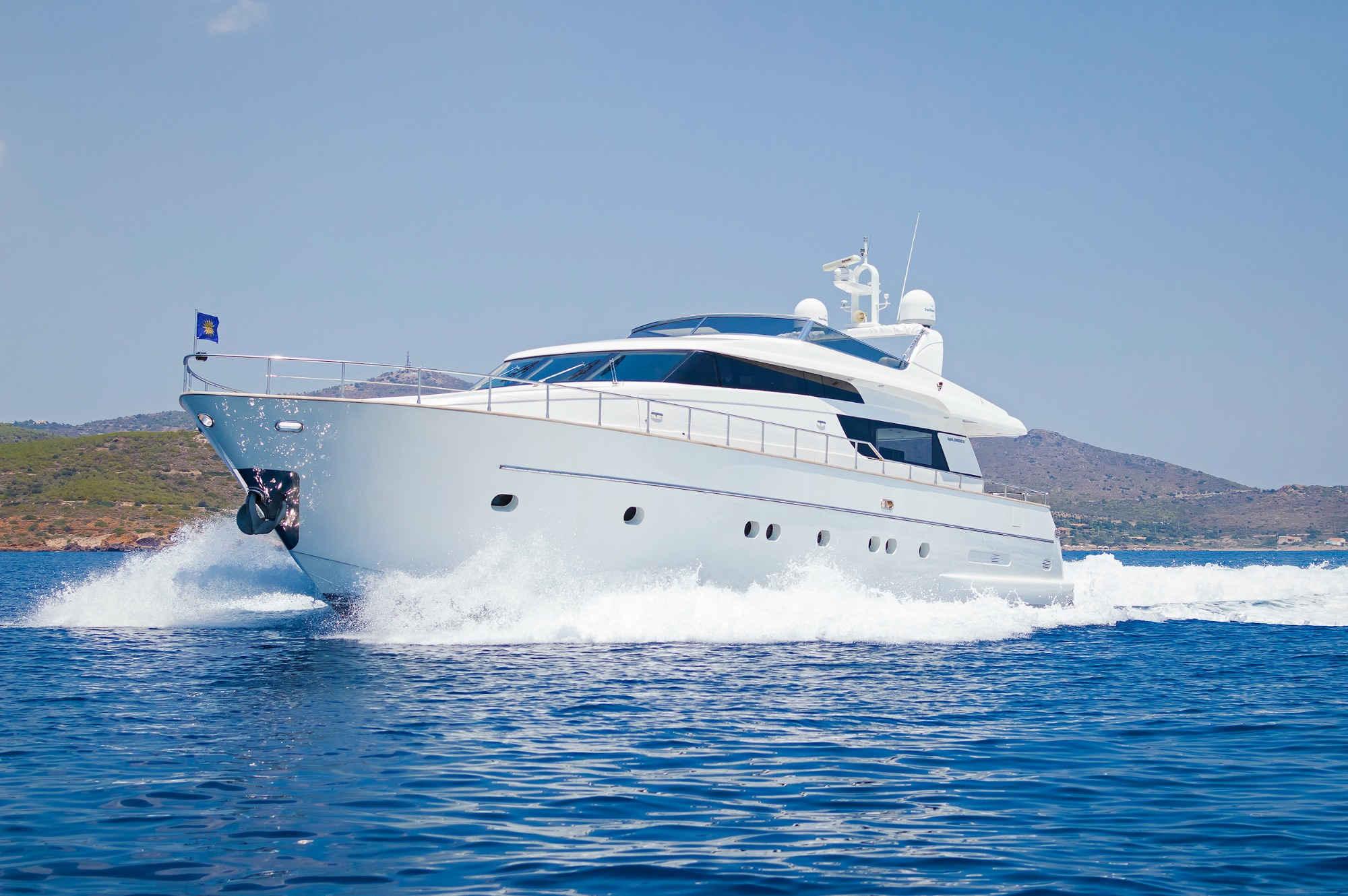 motor yacht charter in greece san lorenzo 72. Black Bedroom Furniture Sets. Home Design Ideas